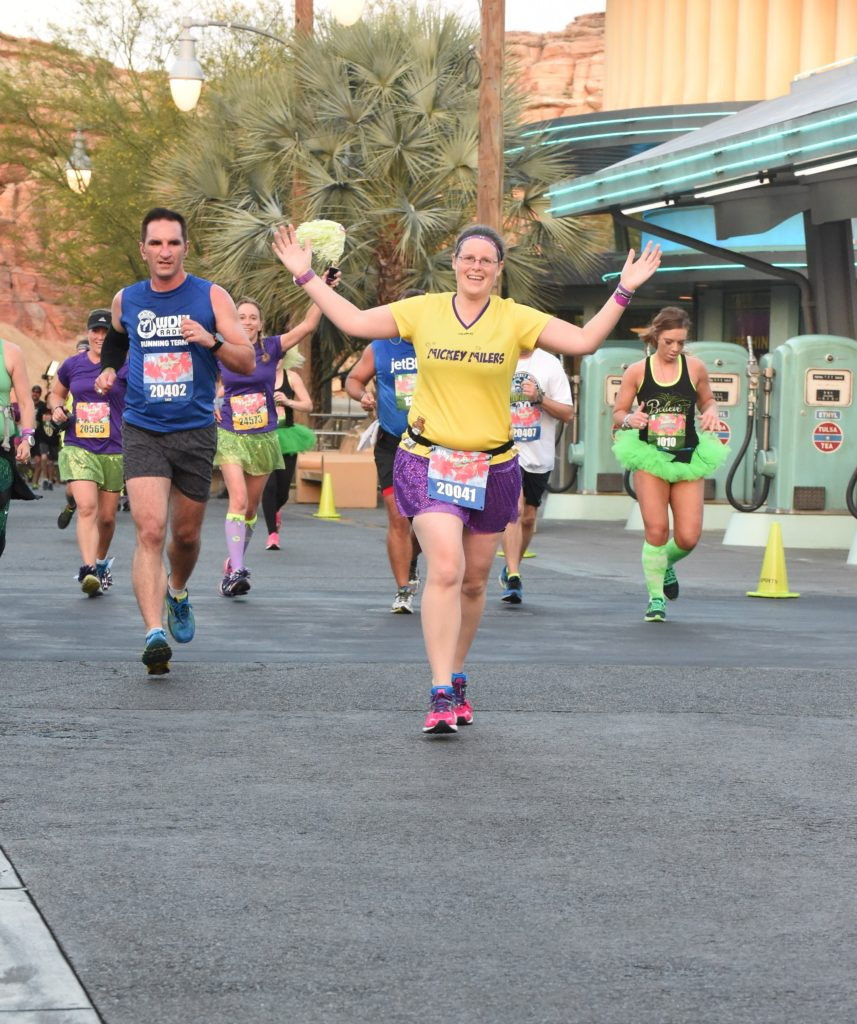 RUNDISNEY_DLRMARAACTION16_20160508_7682158713